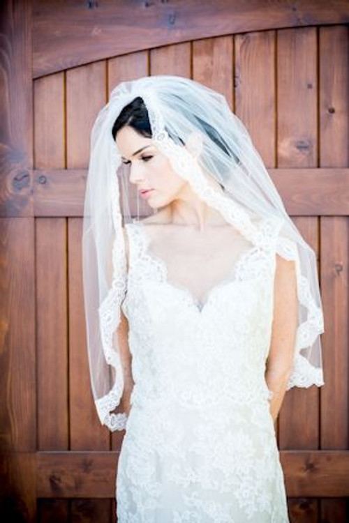 Justine M Couture Ophelia Veil