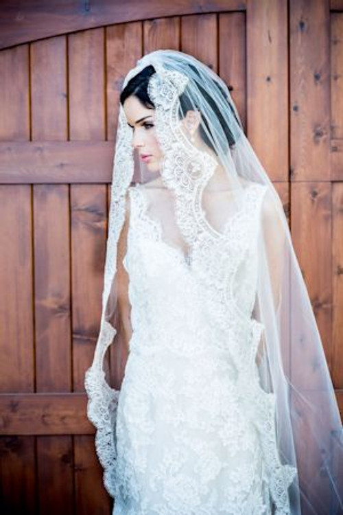Justine M Couture Provence Veil