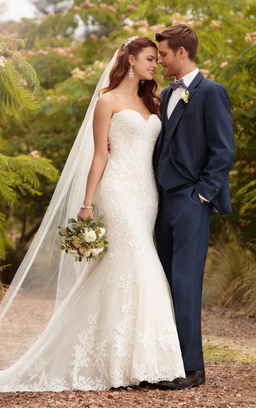 Essense of Australia Wedding Dress D2209