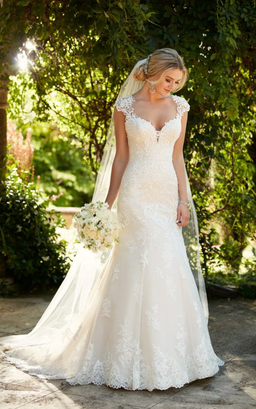Essense of Australia Wedding Dress D2262