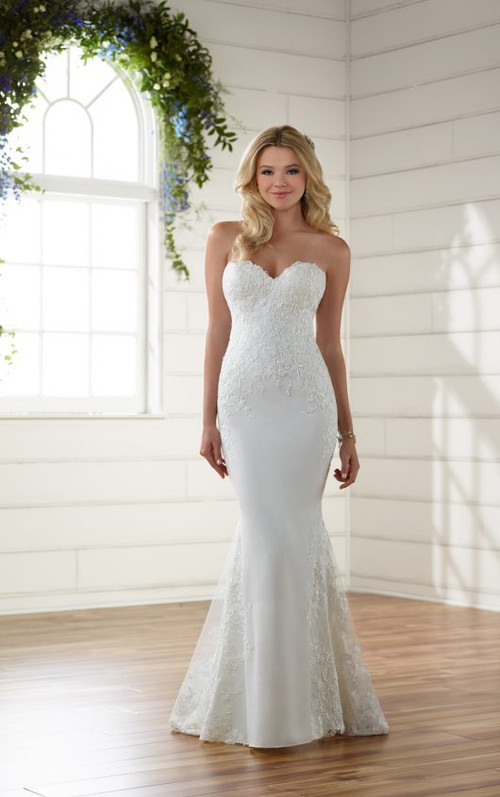 Essense of Australia Wedding Dress D2203