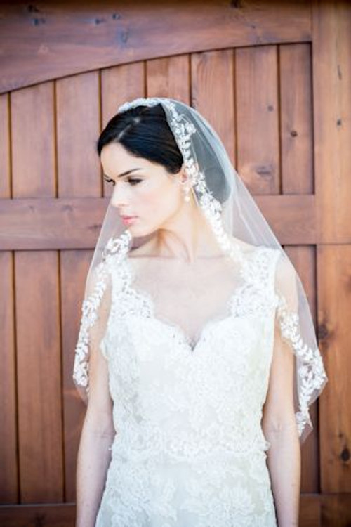 Justine M Couture English Meadow Veil