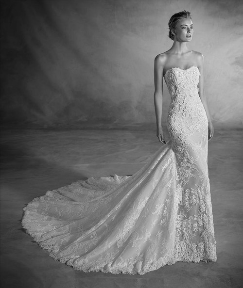 Atelier Pronovias Wedding Dress Nilsa