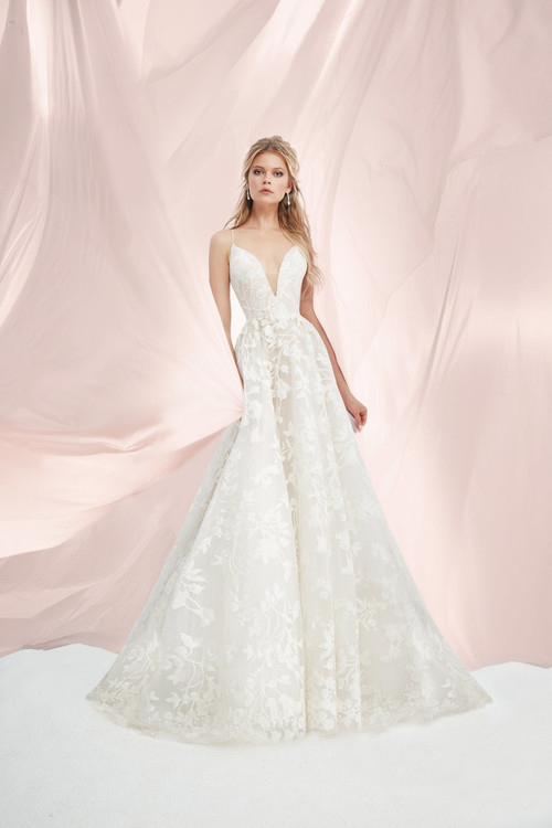 Blush by Hayley Paige Bridal Gown Fleur De Lis (1817)