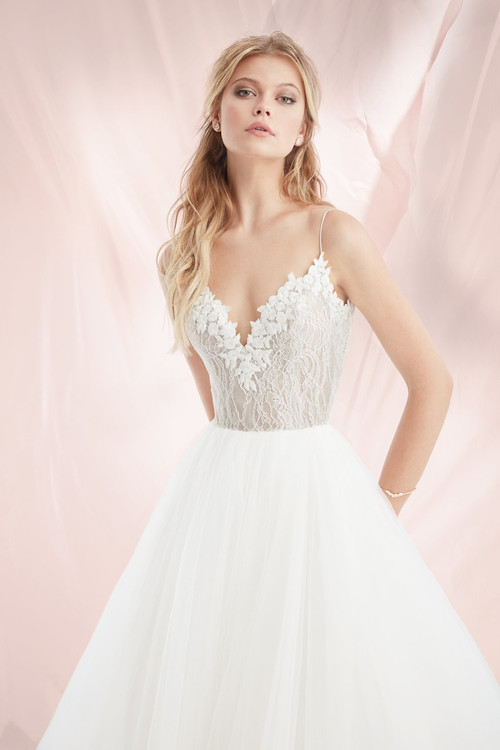 Blush by Hayley Paige Wedding Dress Briar (1818)