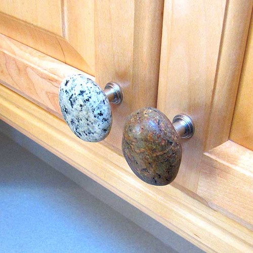 Stone Cabinet Knobs and Drawer Pulls