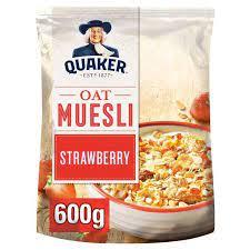 Quaker Oat Muesli Strawberry 600g