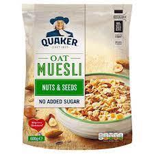 Quaker Oat Muesli Nuts & Seeds 600g