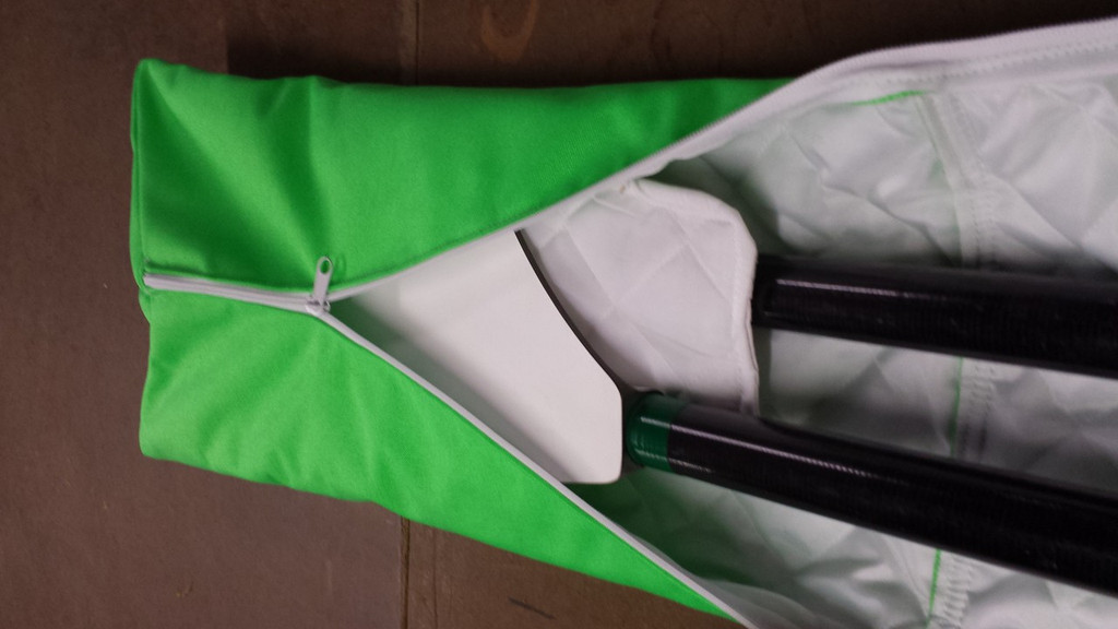 Padded Blade separator reduces motion in our sculling oar bag