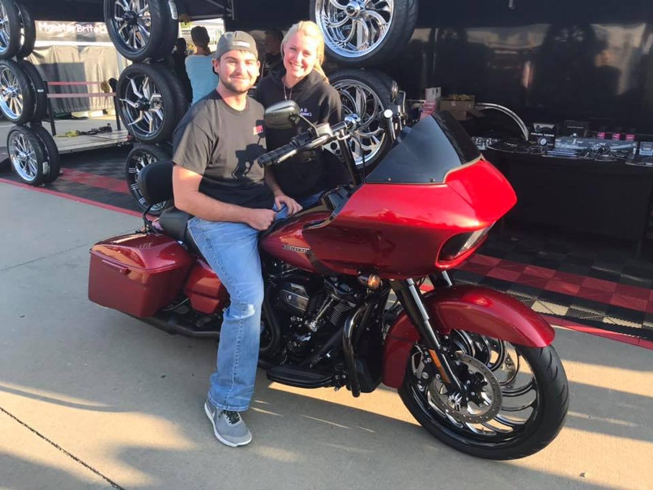 Harley Davidson Black Contrast Harley Trike and Freewheeler Wheels Creeper
