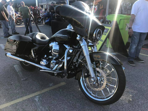 Harley Davidson Chrome Ultra Classic - Limited - Wheels - Viper