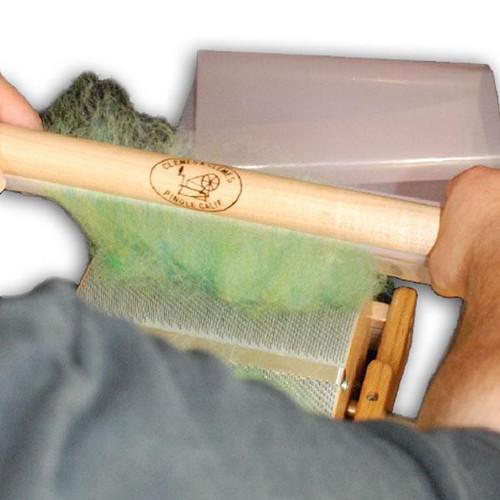 Knuckle Saving Batt Picker