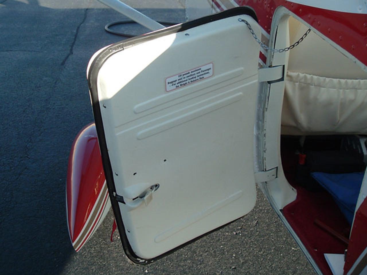 Aft baggage door seal, Cessna 172, 175, 180, 182, 185, 205, 210,  ADS-C1402