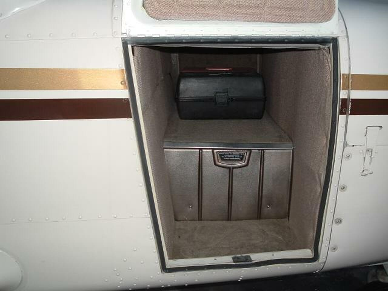 Forward Baggage Door Seal - Fuselage Mount SELF ADHESIVE, Piper PA-32, PA-34, ADS-50005