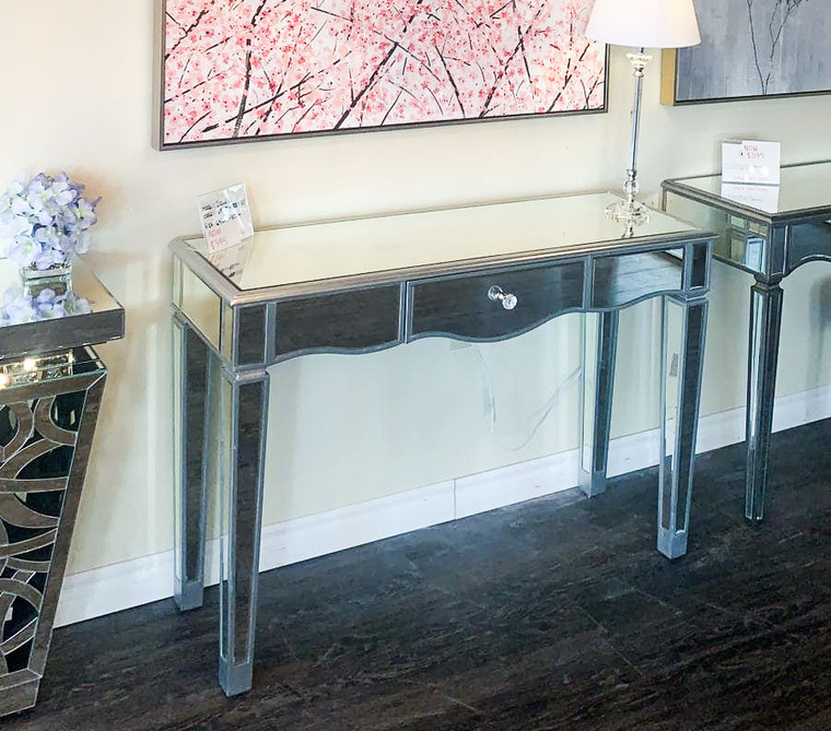 C-3 Vanity Table