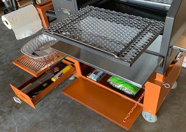 640 BBQ Sliding Shelf w/ Drop-In