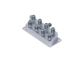 8-Way 900MHz Vertical RF Splitter