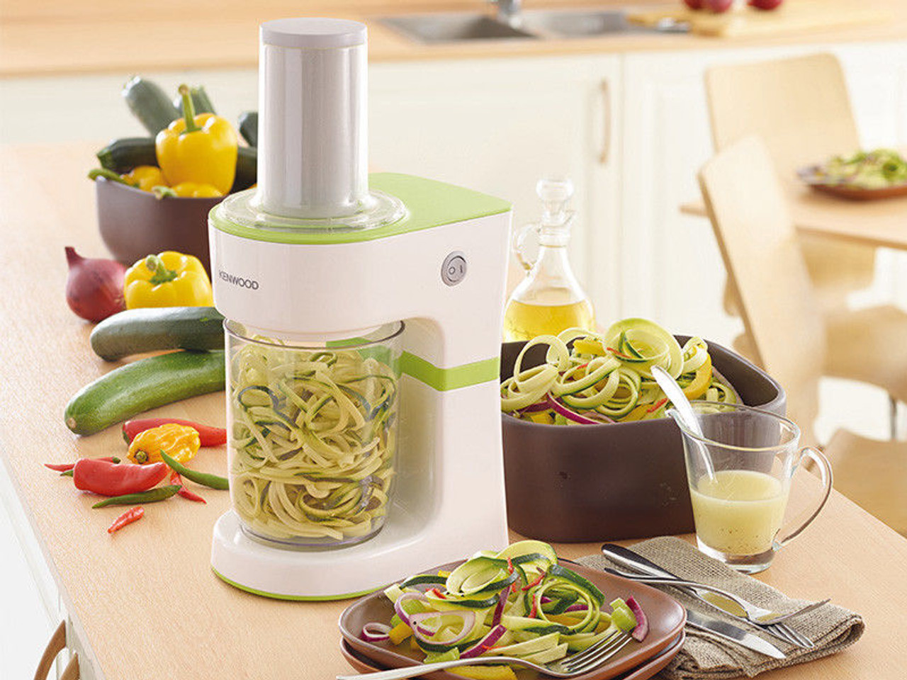 Kenwood FGP204WG Vegetable Spiralizer - Stainless Steel Blade - RRP $129.00