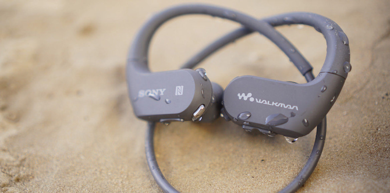 Sony NW-WS623 Waterproof and Dustproof Walkman with Bluetooth