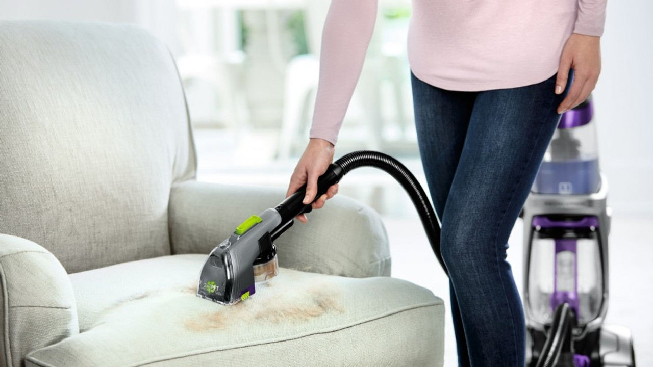 Bissell 2457H ProHeat® 2X Revolution® Pet Professional Carpet Cleaner - RRP $749.00