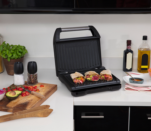 George Foreman GR25042AU Family Steel Grooved Grill With Fat Reducing Design