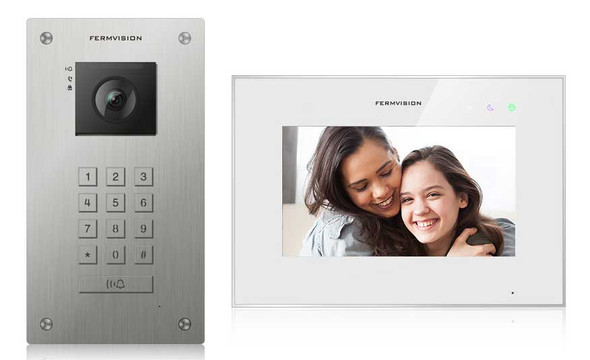 Qseries 2-Wire Video Intercom w. Keypad Flush Kit