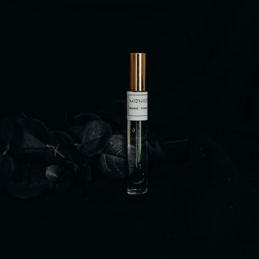 Midnight Botanical Memoire