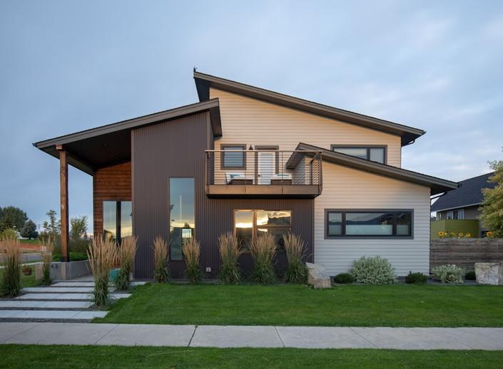 Using Metal Siding on a Modern Home
