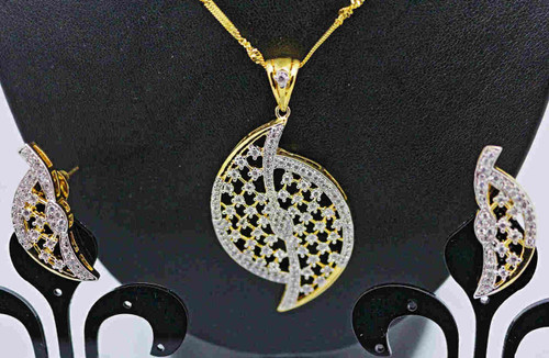 Exclusive Pendant Set | Set in striking clear American Stones | Sparkling AD Pendant  | Buy online now | Free Shipping Australia wide