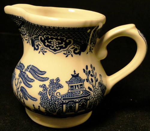 "Churchill Blue Willow Creamer 3 5/8"" England 