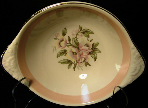 "Homer Laughlin Nautilus N1769 Lugged Cereal Bowl 7"" Pink Band 