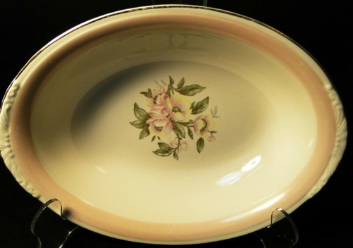"Homer Laughlin N1769 Oval Vegetable Serving Bowl  91/4"" Pink Band 