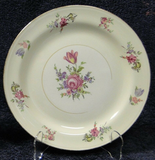Household Institute Priscilla Dinner Plate Eggshell Nautilus 9 1/4"
