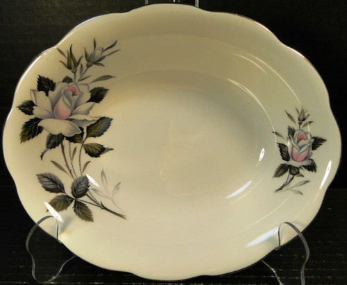 Royal Albert Queen's Messenger Oval Vegetable Serving Bowl 9 1/4"