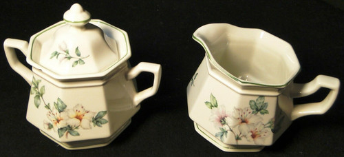 Adams Azalea Creamer Sugar with Lid Set English Stoneware Green | DR Vintage Dinnerware and Replacements