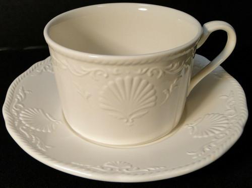 Mikasa South Hampton White Tea Cup Mug Saucer Set DY 902 Excellent