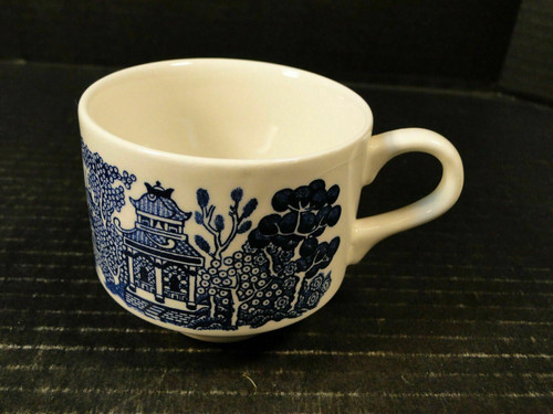 Churchill Blue Willow Blue White Cup England Excellent