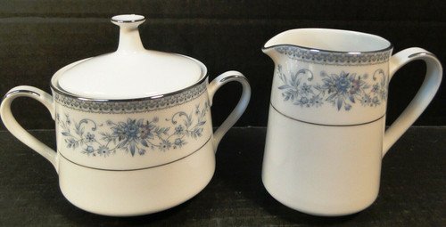 Noritake Blue Hill Creamer Sugar with Lid Set 2482 Blue White Floral Excellent