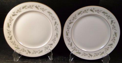 "Royal Jackson Bridal Wreath Salad Plates 8"" Set of 2 Excellent"