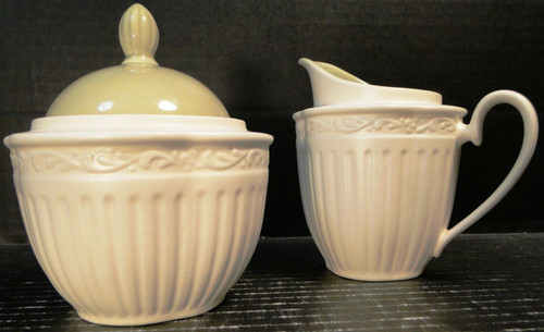 Mikasa Italian Sage Creamer Sugar with Lid DD911 White Green | DR Vintage Dinnerware and Replacements