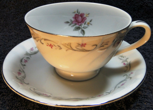 Fine China of Japan Royal Swirl Tea Cup Saucer Set | DR Vintage Dinnerware Replacements