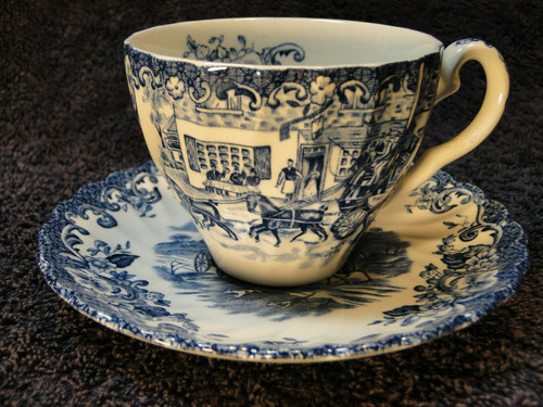 Johnson Bros Coaching Scenes Tea Cup Saucer Set England Blue White Excellent
