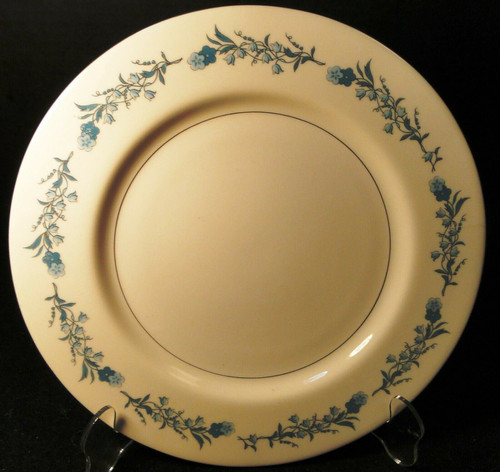 """Theodore Haviland NY Clinton Dinner Plate 10 1/4"""" Blue Flowers Excellent"""