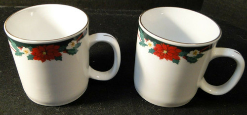 Tienshan Deck the Halls Cups Mugs 12 Oz Christmas Poinsettia Set of 2 | DR Vintage Dinnerware and Replacements