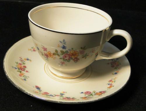 Homer Laughlin Annette Tea Cup Saucer Set N1705 Eggshell Nautilus Excellent