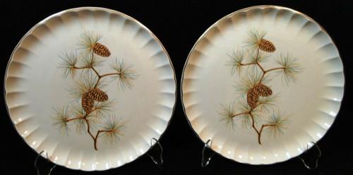 """W S George Bolero Pinecone Dinner Plates 10 1/4"""" Pine Needles Set of 2 Excellent"""
