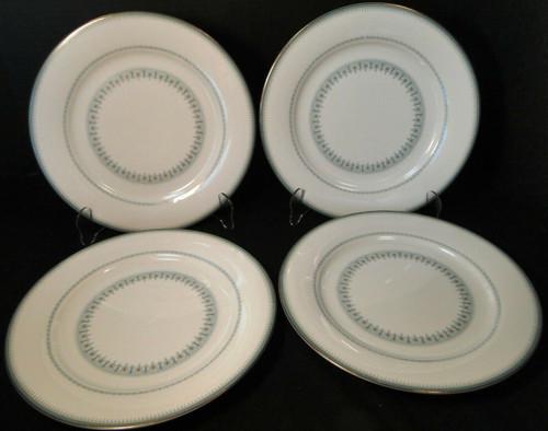 "Noritake Maya Dinner Plates10 1/2"" 6213 Blue Green Geometric Set of 4 | DR Vintage Dinnerware and Replacements"