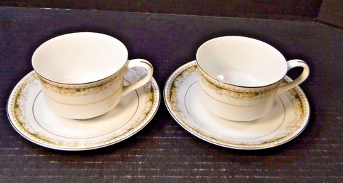 Signature Collection Queen Anne Tea Cup Saucer Sets 2 Excellent