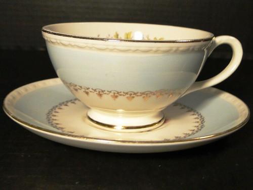 Homer Laughlin Eggshell Georgian Chateau Blue Tea Cup Saucer Set Excellent