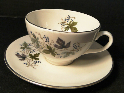 Homer Laughlin Triumph Moselle Tea Cup Saucer Set Green Blue Excellent
